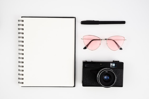 Photograph desk concept with camera Free Photo