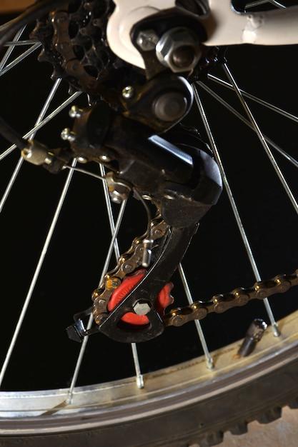 Photograph parts of a white mountain bike Premium Photo
