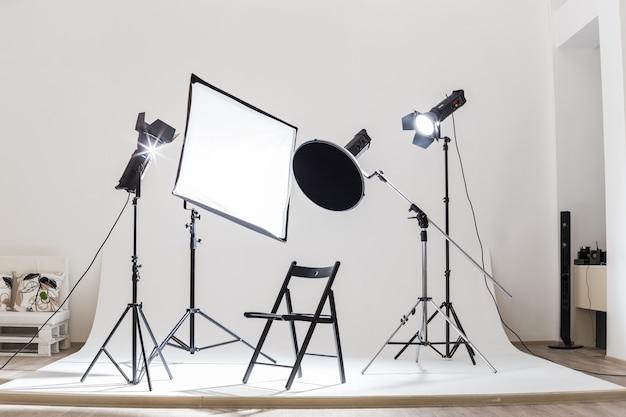 Photostudio tech light devices equipment illuminated indoors Premium Photo