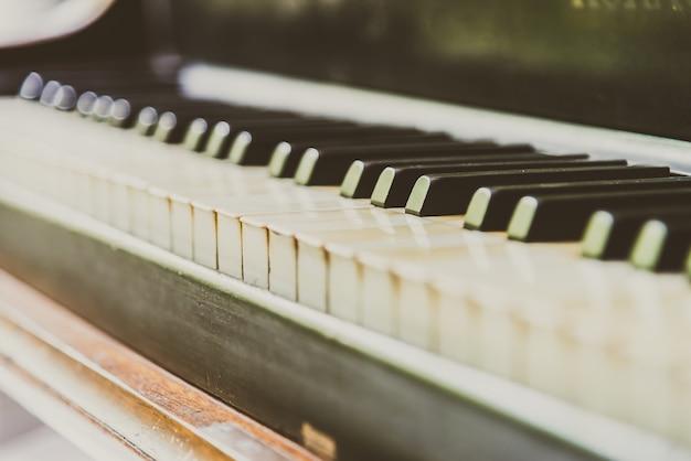 Piano key Free Photo
