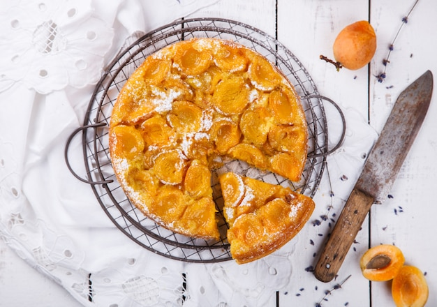 Pie with apricots.homemade cakes,with lavender Premium Photo