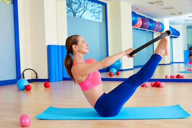 Pilates woman teaser magic ring exercise workout Premium Photo