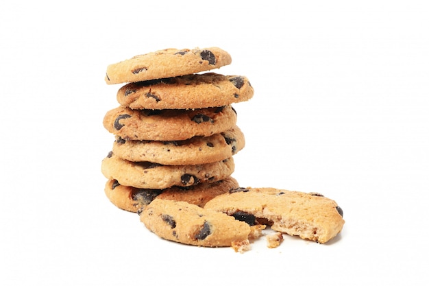 白い背景で隔離のおいしいクッキーの山 Premium写真