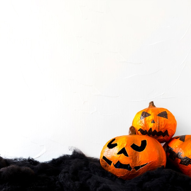 Pile of paper jack-o-lanterns Free Photo