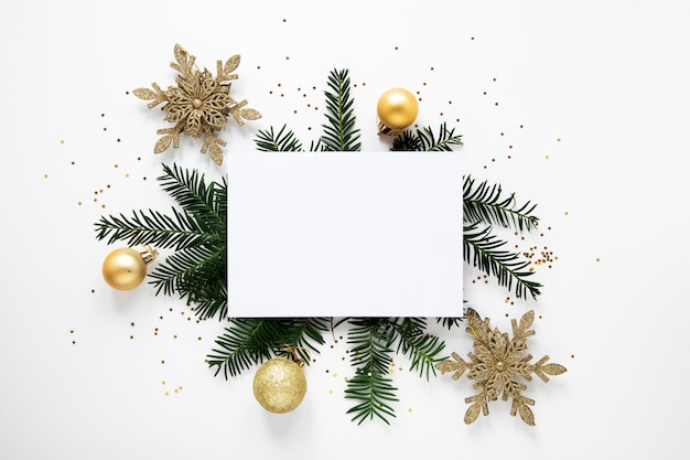 Pine branches and decorations mock-up Free Photo
