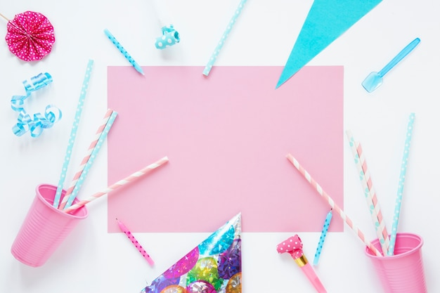 Pink empty card with birthday items Free Photo