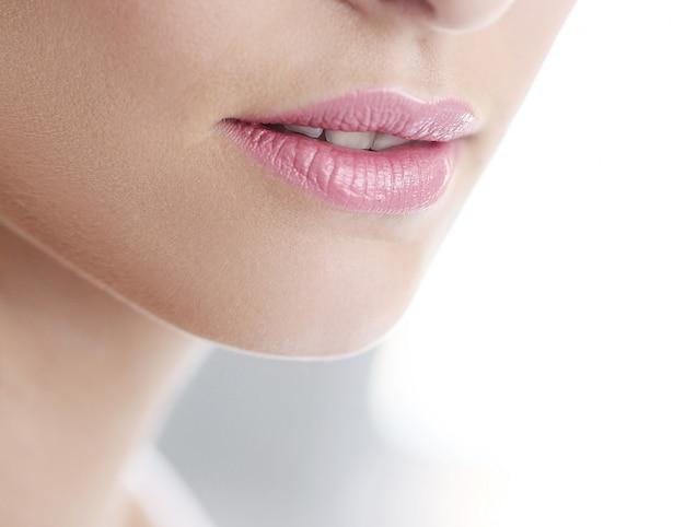 ピンクの口紅とピュアスキンコマーシャル 無料写真