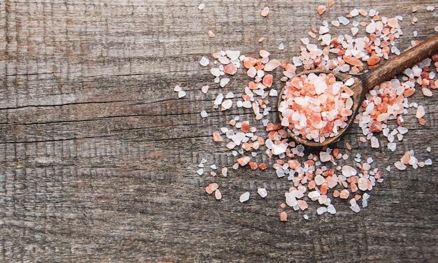 Pink salt from the himalayas Premium Photo