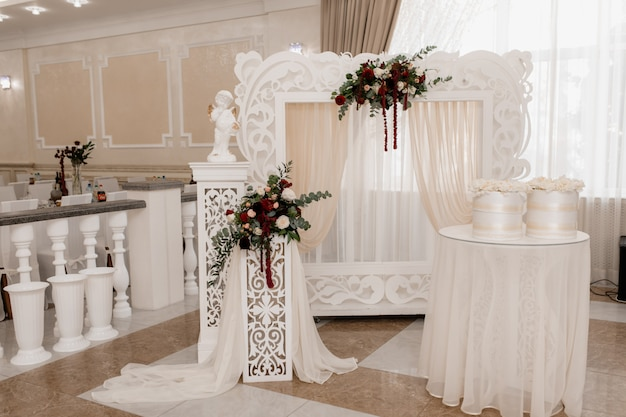 Place where newlyweds will be meet guests Free Photo