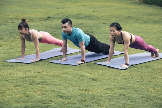 Plank exercise Free Photo