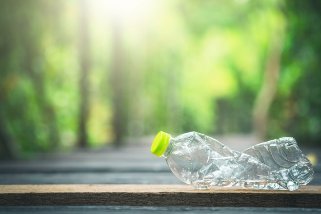 Plastic bottle and natural green Premium Photo