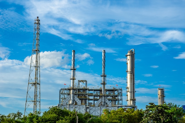Plastic resin factory in industrial with blue sky cloud. Premium Photo