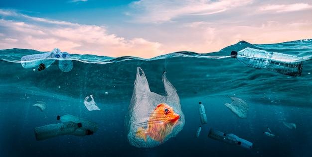 Plastics in the seas. global problem Premium Photo