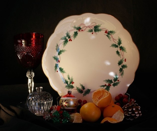 plate cake tangerines christmas holiday still life Free Photo