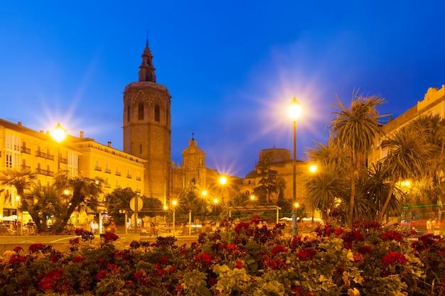 Plaza De La Reina In Evening Valencia Spain Photo Free Download