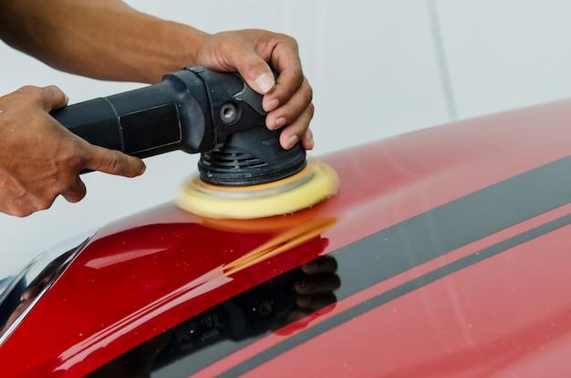Polishing car scratch repair Premium Photo