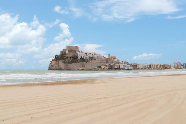 Pope luna's castle. valencia, spain. peniscola. castell. Premium Photo