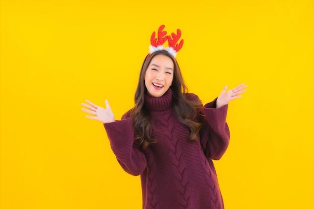 Portrait beautiful young asian woman wear christmas decoration theme Free Photo