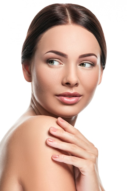 Portrait of beautiful young woman Premium Photo