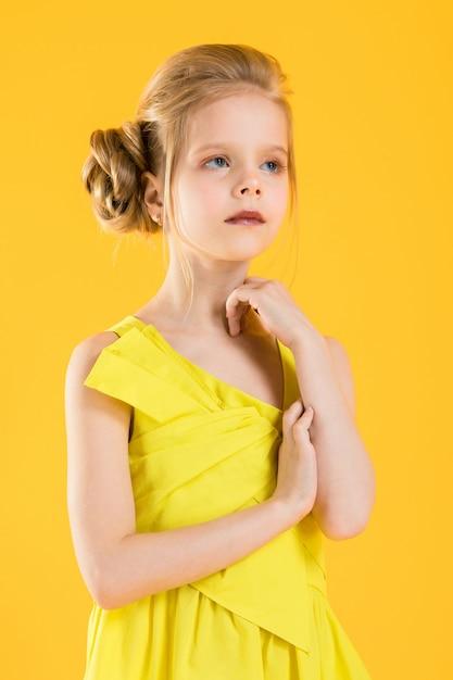 Portrait of a blonde girl in waist. Premium Photo