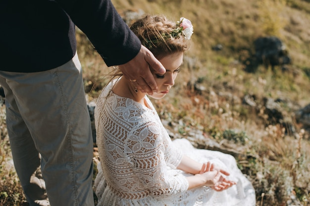Portrait couples, tenderness love nature Premium Photo