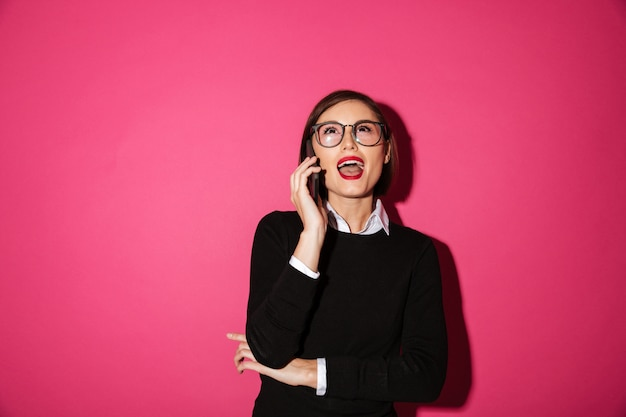 Portrait of an excited attractive businesswoman Free Photo