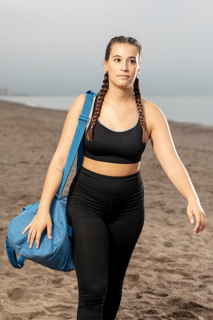 Portrait of fit athlete in sportswear Free Photo