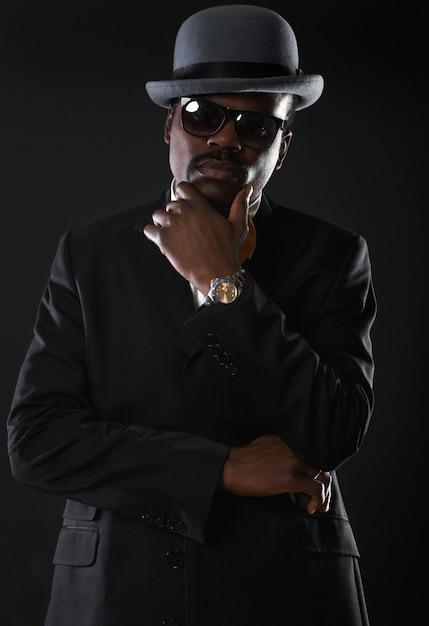 Portrait of handsome business black man Premium Photo