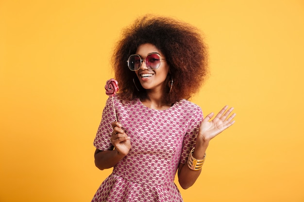Portrait of a happy afro american woman in retro style Free Photo