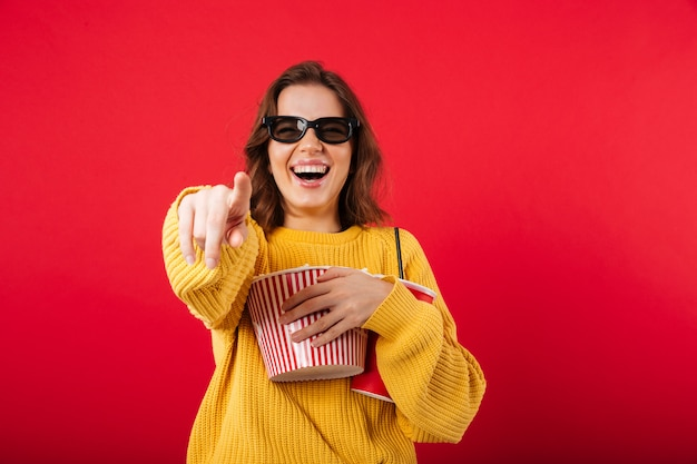 Portrait of a laughing woman in sunglasses Free Photo