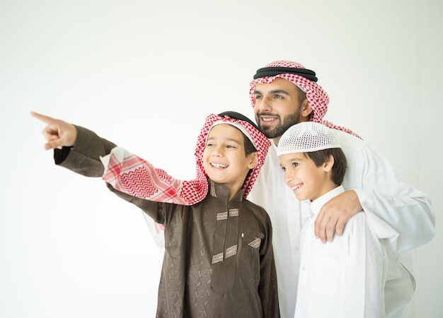 Portrait of middle eastern man with children Premium Photo