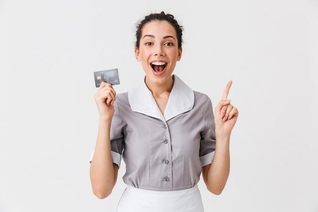 興奮した若いメイドの肖像画 Premium写真