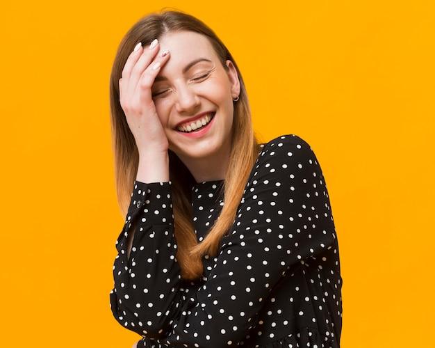 Портрет игривой девушки Бесплатные Фотографии