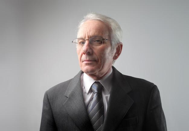 Portrait of a senior businessman Premium Photo
