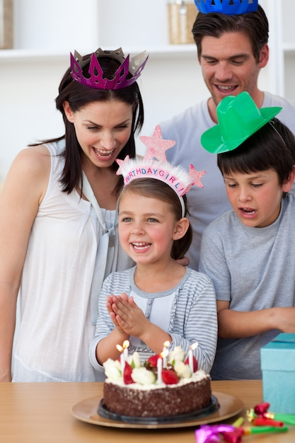 Portrait of a smiling family celebrating a birthday Premium Photo