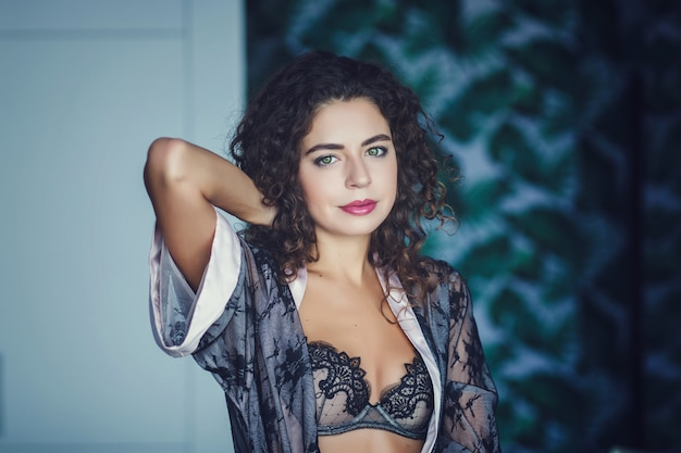 Portrait of young attractive woman Premium Photo