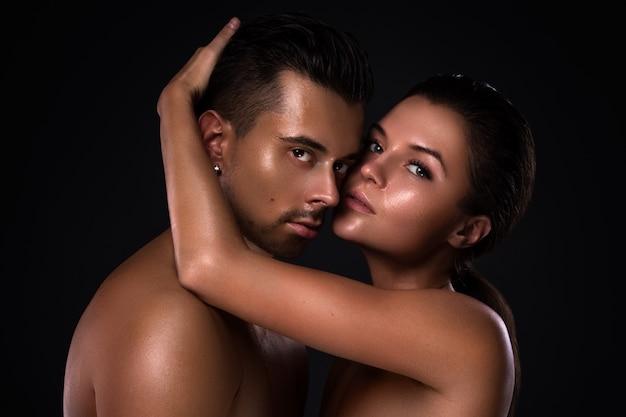 Portrait of young beautiful couple Premium Photo