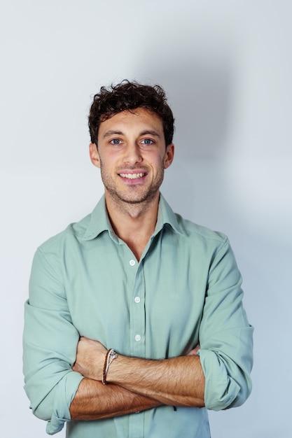 Portrait of a young caucasian entrepreneur Premium Photo