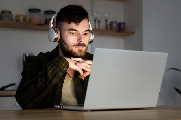 Portrait of young entrepreneur working from home Free Photo