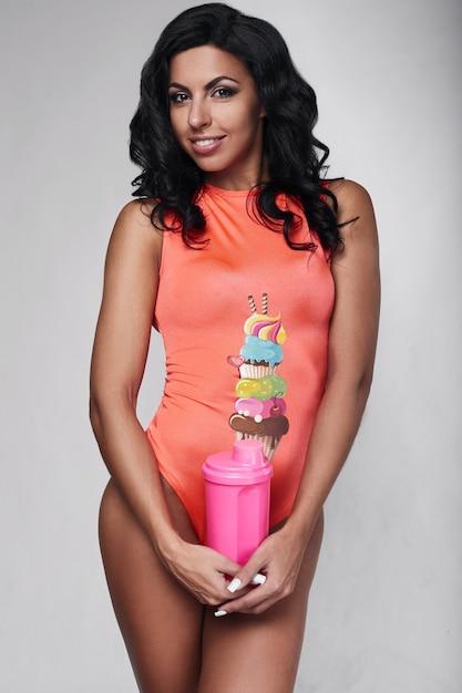 Portrait of young fitness woman wearing sportswear Premium Photo