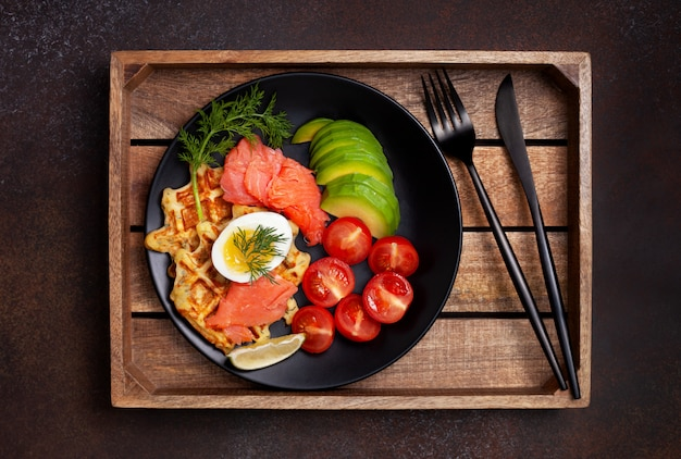 Potato waffles with vegetables Premium Photo