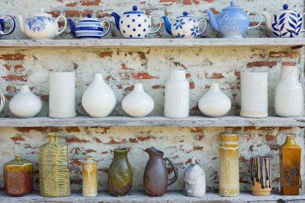 Pots and pitchers Premium Photo