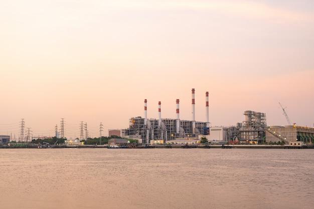 Power plant during the evening Premium Photo