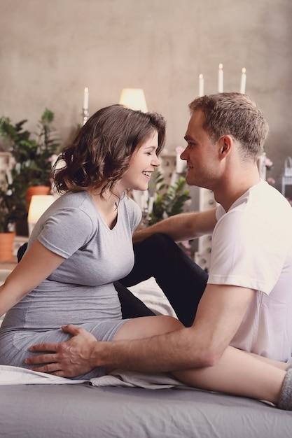 임신 부부 무료 사진