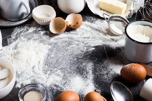 Preparation baking kitchen ingredients for cooking Free Photo