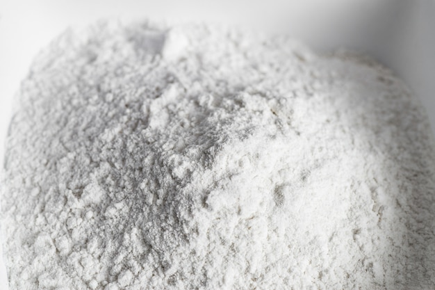 Prepare flour before sweets. Premium Photo