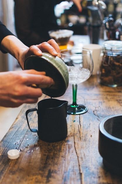 Preparing japanese matcha green tea Free Photo