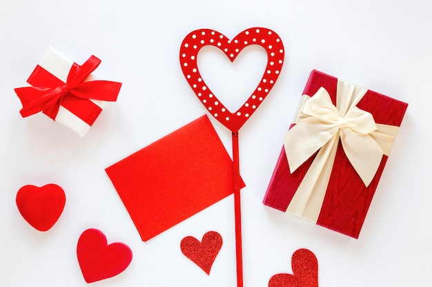 Present with paper and hearts for valentines Free Photo