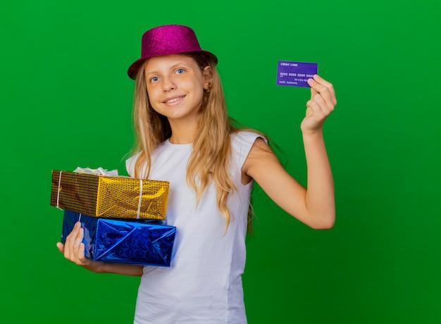 휴일 모자 선물 상자를 들고있는 예쁜 소녀 무료 사진