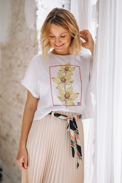 Pretty woman wearing tshirt Free Photo